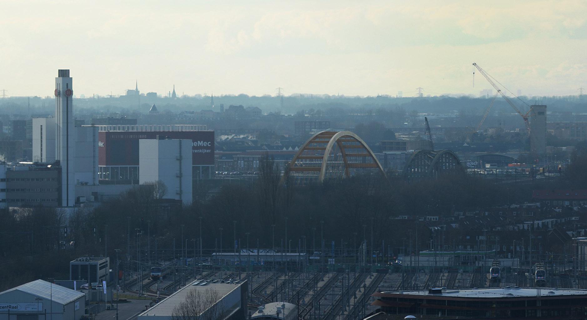 Douwe Egberts, Woerden and Den Haag